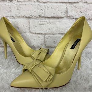 DOLCE & GABBANA Bow Pale Yellow Pumps High Heels
